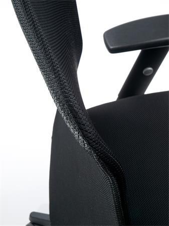 MAYAH Irodai szék, karfás, fekete szövetborítás, feszített hálós háttámla,fekete lábkereszt, MAYAH